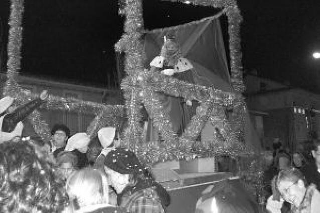 Los Reyes Magos llegaron en tren al parque del Ferrocarril