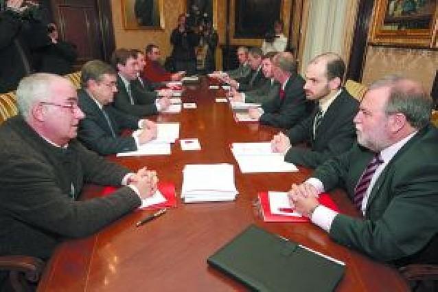 El Gobierno sube de 25 a 29 millones el gasto para dar formación a los parados