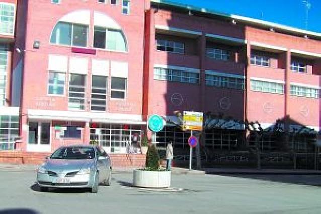 San Adrián estudia incluir mejoras en la rotonda de la plaza Vera Magallón