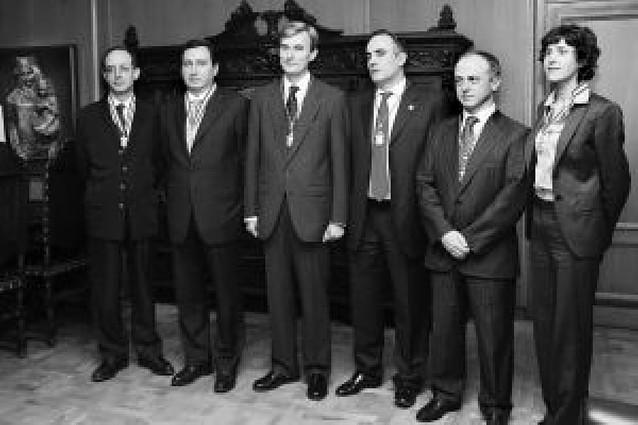Se constituye el Colegio Notarial de Navarra con Felipe Pou como decano