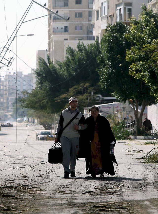 Gaza arde con el avance del Ejercito israelí hacia el centro de su capital