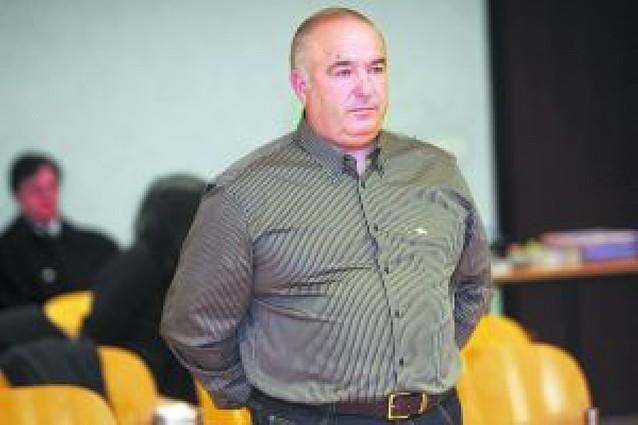 El alcalde de Orkoien niega ante la juez que adjudicara arbitrariamente VPO