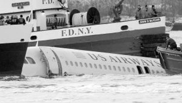 A salvo los 153 pasajeros de un avión que cayó a las aguas del río Hudson en EE UU