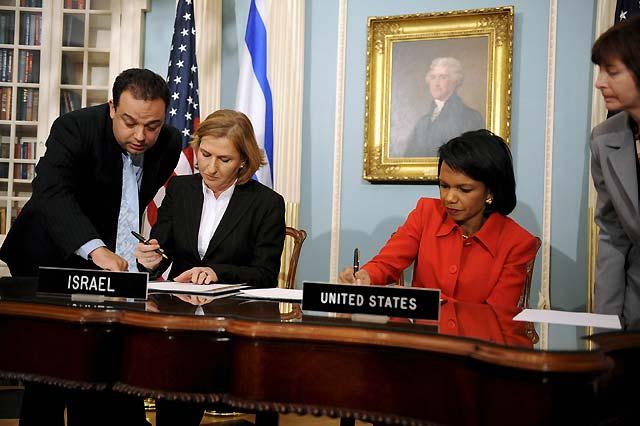 EEUU e Israel firman un acuerdo que permita un alto el fuego en Gaza