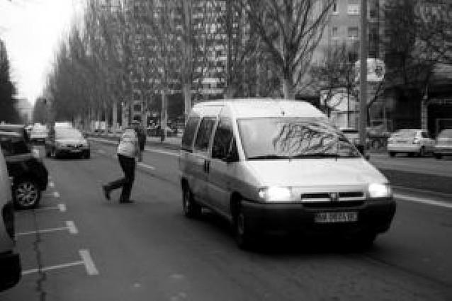 184 infracciones de peatones en dos horas