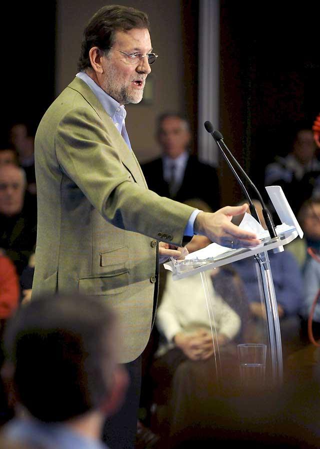 """Rajoy: """"Hay que temer la incompetencia del Gobierno antes que la crisis"""""""