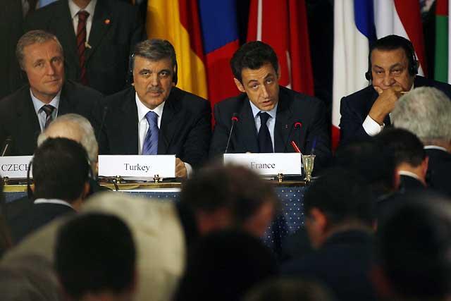 """Los líderes internacionales reunidos en Egipto piden una """"paz duradera"""" para Gaza"""