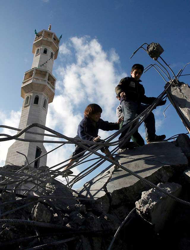 Hamás anuncia un alto el fuego y da una semana a Israel para que se retire de Gaza
