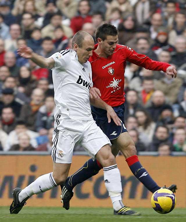 Pérez Burrull evita que Osasuna puntúe en el Bernabéu (3-1)