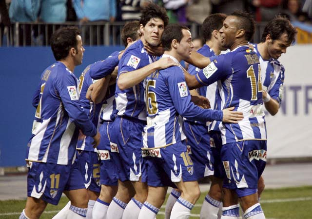 Llorente decide, en el descuento y de penalti, un partido espléndido ante el Valencia