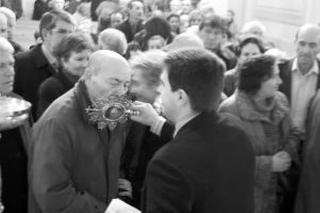 Las reliquias de San Fermín vuelven a congregar a los fieles