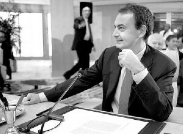 Zapatero pide una nueva política de EE UU en la zona con la presidencia de Obama
