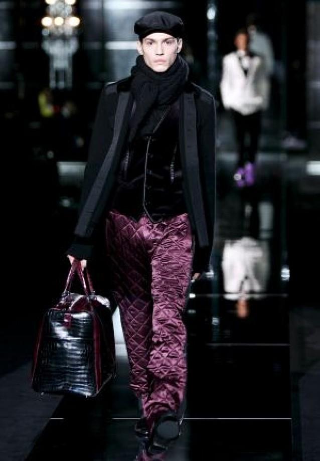 Armani acusa a Dolce & Gabbana de copiarle unos pantalones para hombre