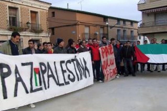 Cerca de 100 personas se manifiestan para pedir la paz para Palestina