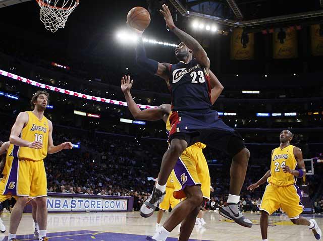 Gasol guía a los Lakers a la victoria contra el mejor equipo de la Conferencia Este (105-88)