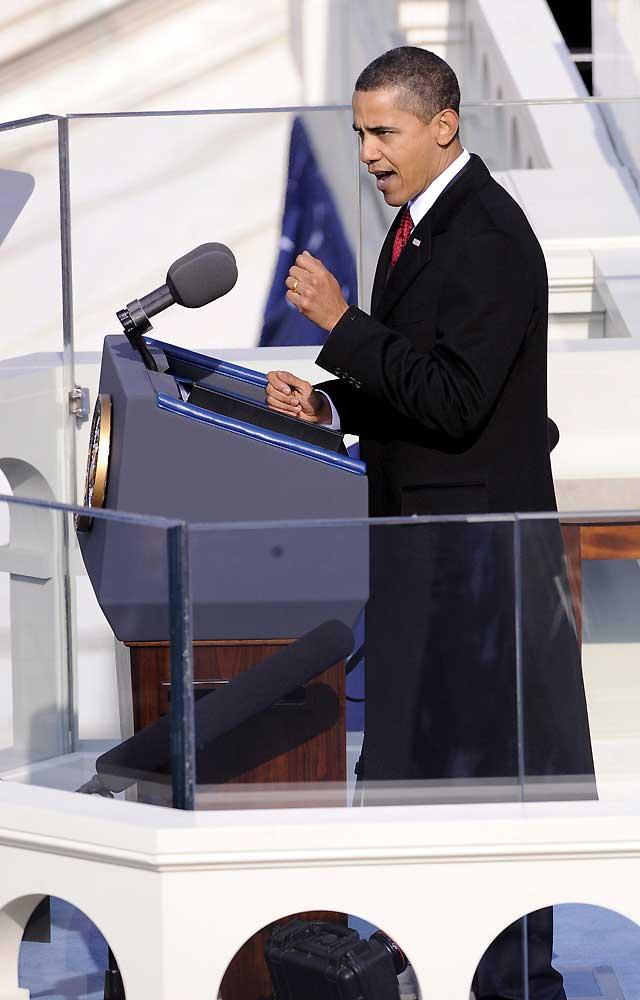 """Obama pide """"una nueva era de paz y responsabilidad"""" a los estadounidenses"""