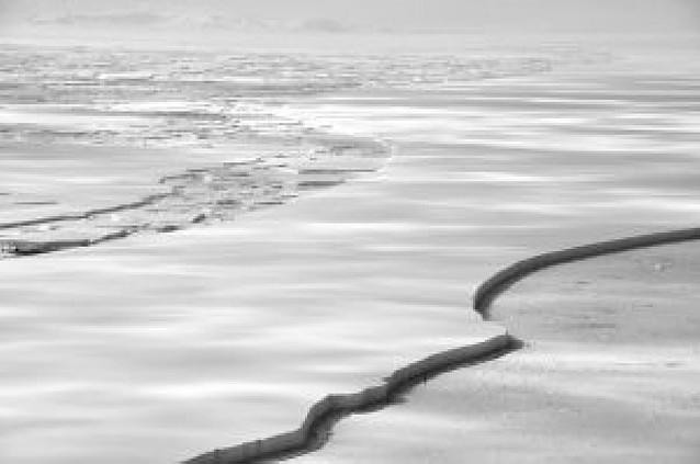 La barrera antártica Wilkins, cerca del derrumbe