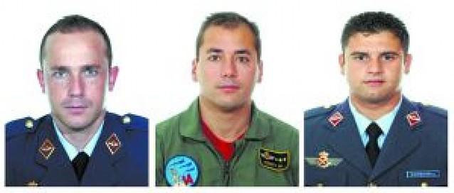 Mueren tres pilotos del Ejército al chocar dos cazas en unas pruebas en Albacete