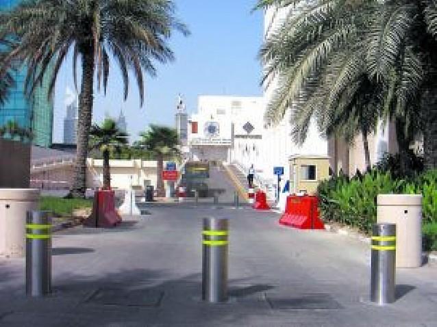 Pivotes navarros para Dubai