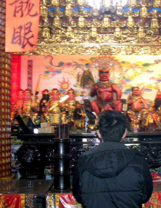 Taiwán comenzará el Año Nuevo lunar marcado por la crisis y los cupones de consumo