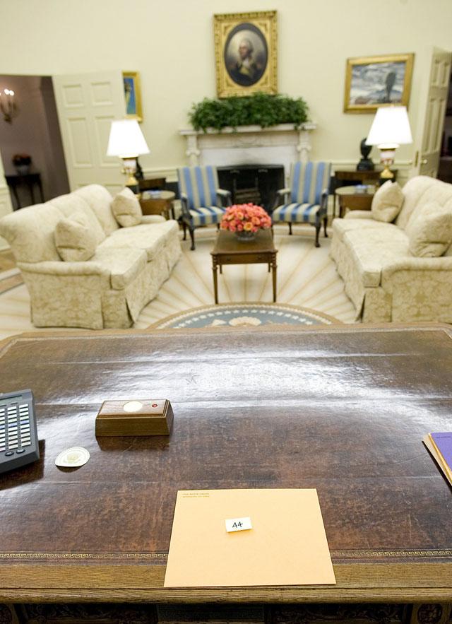 Obama se reune con la cúpula del Pentágono y con sus asesores económicos