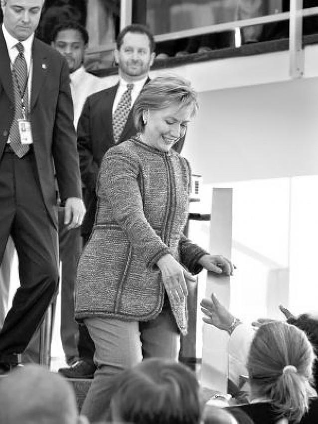 Hillary Clinton toma el relevo de Condoleezza Rice en la secretaría de Estado