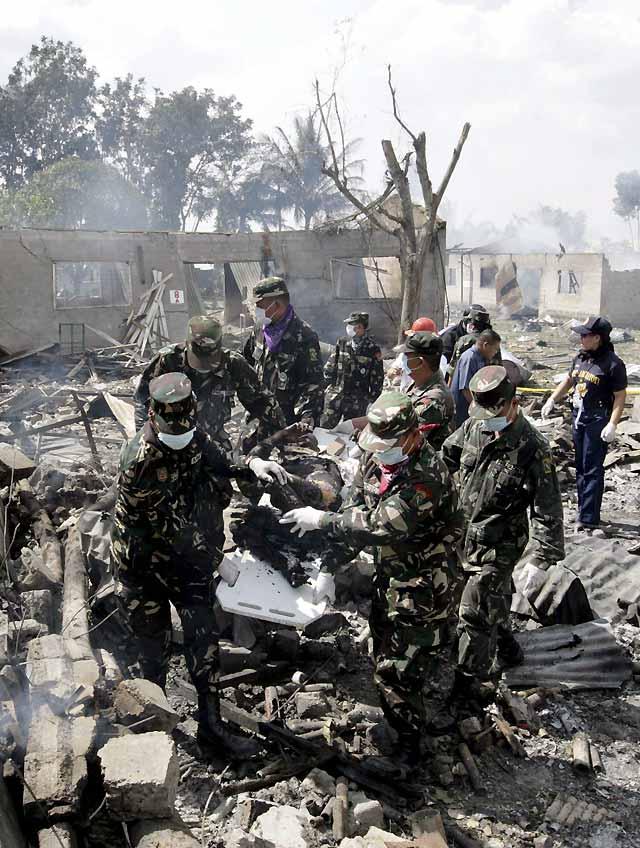 Al menos seis muertos por una potente explosión de material pirotécnico en Manila