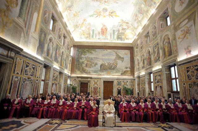 El Papa dice que los problemas psíquicos no deben ser causa de nulidad matrimonial