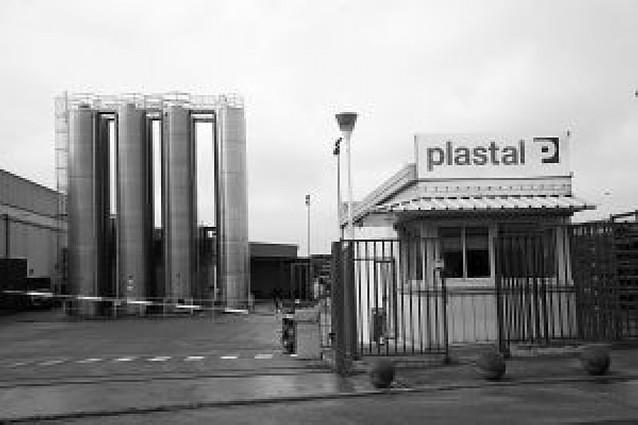 La plantilla de Plastal aprueba un ERE de 50 días para este año