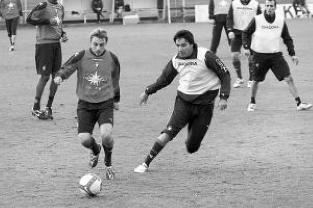 """Cuatro jugadores, afectados por el """"Virus FIFA"""" para el 11 de febrero"""