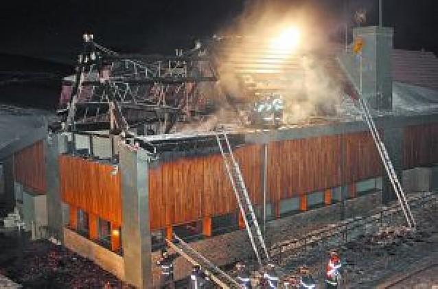 Arde el nuevo centro de esquí de Belagua