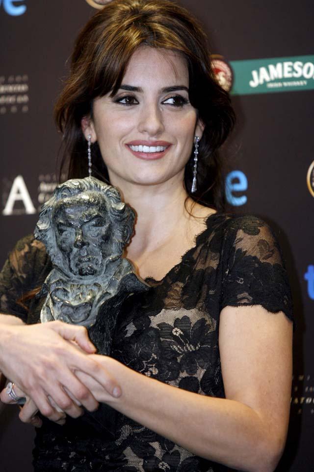 """""""Camino"""" triunfa en la XXIII edición de los Premios Goya"""