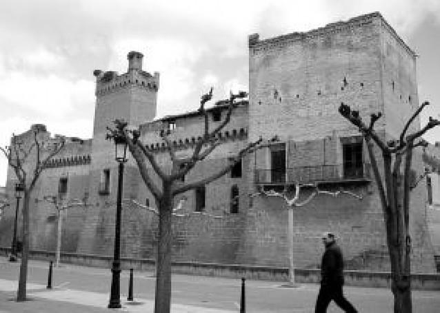 Marcilla ha editado una guía para promocionar su patrimonio en el exterior