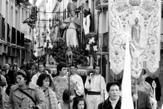 Peralta salió a la calle para honrar a San Blas