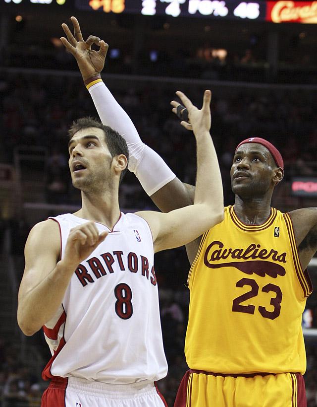 James lidera a los Cavaliers ante los Raptors de Calderón