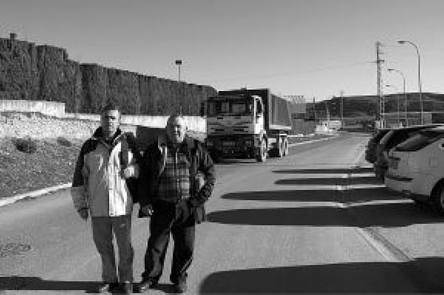 Trabajadores alertan sobre la falta de alumbrado en el polígono de San Adrián