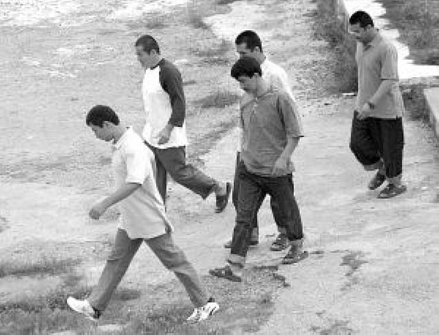 La Eurocámara pide a los países miembros que cojan presos liberados de Guantánamo