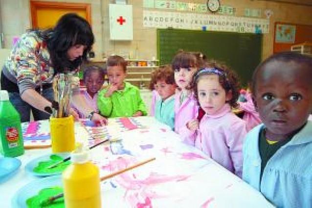 Al menos 16 colegios públicos darán clase en inglés el próximo curso
