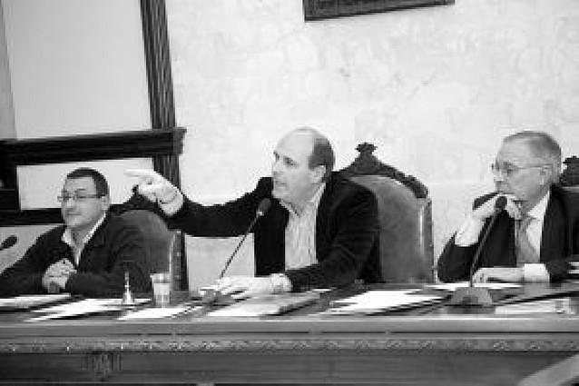 """PSN rechaza una comisión que investigue la """"caja B"""" de Cintruénigo"""