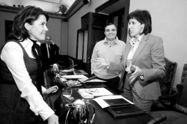El PSN urge a Zapatero a firmar el convenio del TAV a instancias de UPN