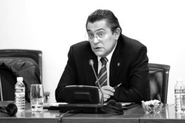 La destitución del jefe de la Policía Foral, otra vez a debate