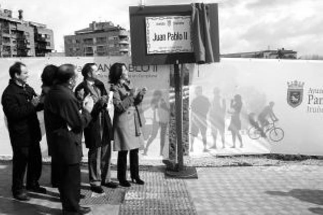 10.000 coches diarios para la avenida Juan Pablo II