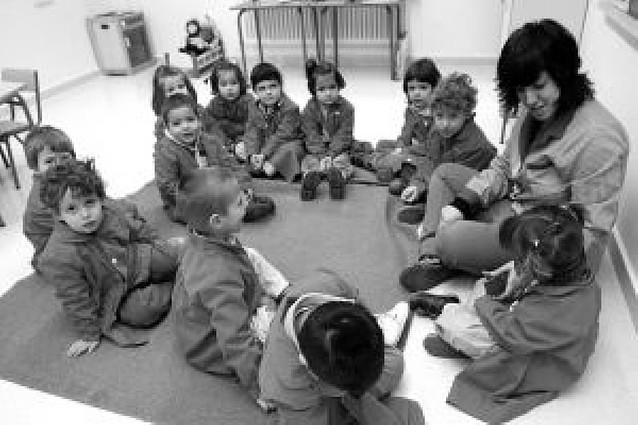 Educación busca maestros entre la plantilla fija para que impartan clases en inglés