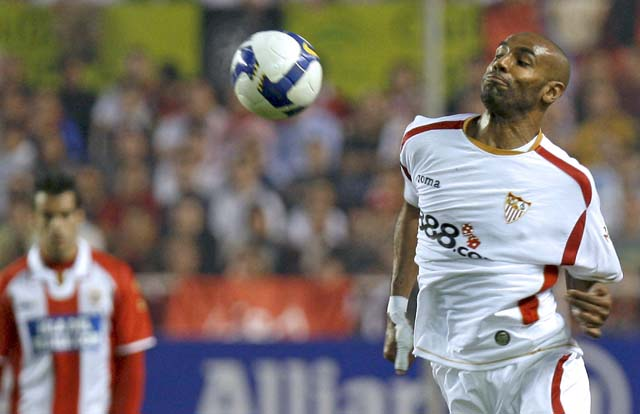 El Málaga, a las puertas de la Champions (1-2)