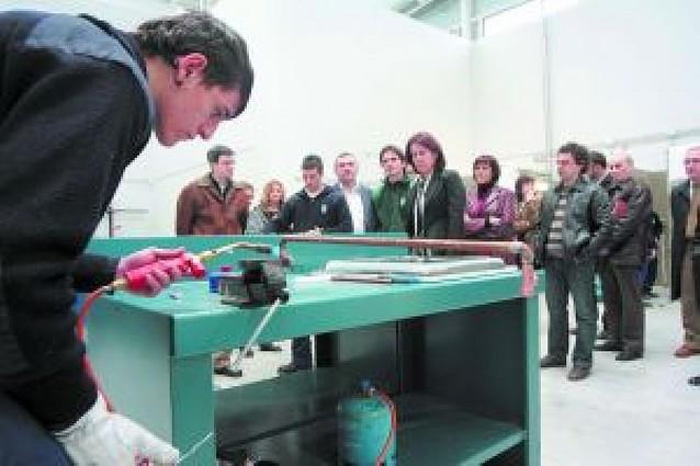 El Ayuntamiento visita las nuevas instalaciones de las escuelas taller