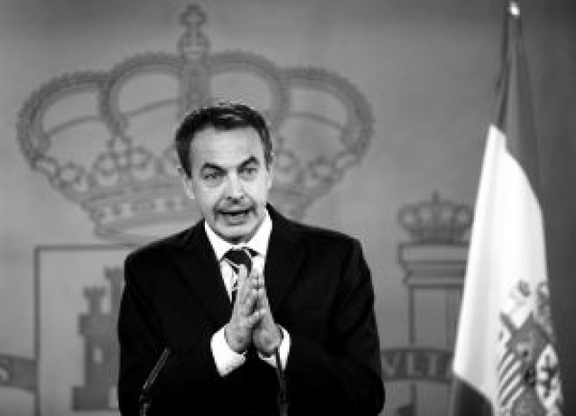 Zapatero prioriza la lucha contra la crisis al año de su reelección