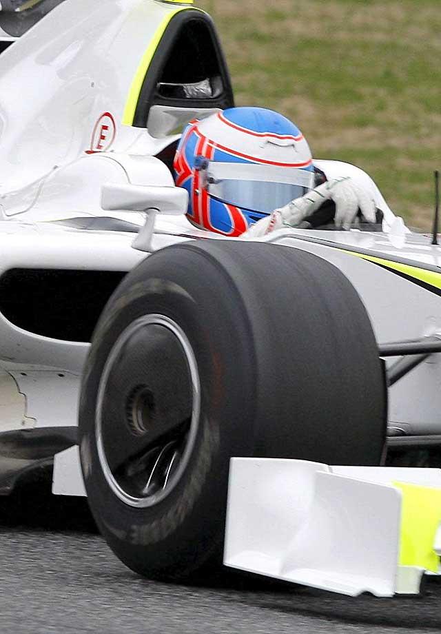 Button marca el mejor tiempo en la tercera sesión de entrenamientos del Circuito de Cataluña