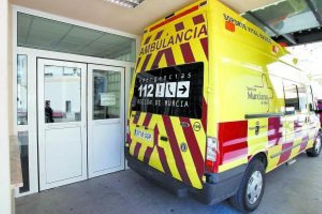 Un jubilado mata a una médico a tiros en un centro de salud de Murcia