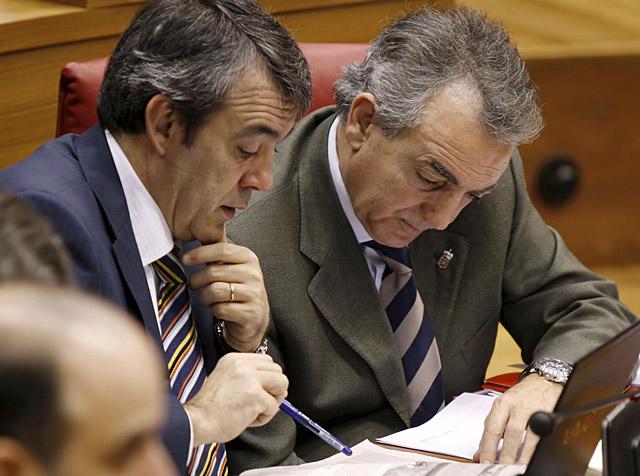 """Sanz insiste en """"estudiar"""" la recompra de los terrenos a los propietarios de Guenduláin"""