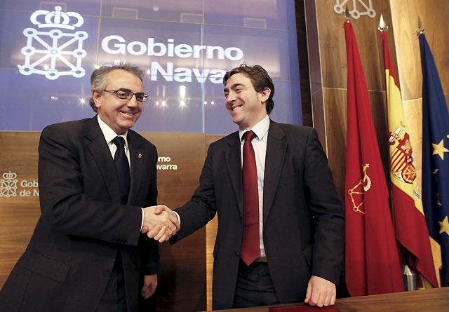 """Gobierno y PSN piden a Zapatero que apruebe """"de inmediato"""" el acuerdo del TAV"""